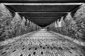 Seul dans le tunnel