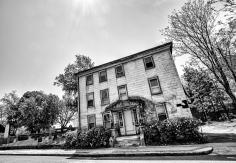 La maison du cimetière
